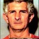 (4) Charles Albright gerät unter Verdacht