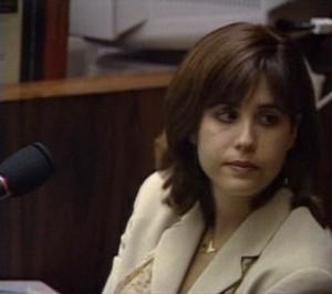 Ellen Aaronson am 11. Juli 1995 während ihrer Zeugenaussage vor Gericht